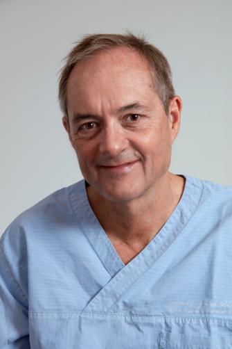 Dr. Med. Lars H Rasmussen.